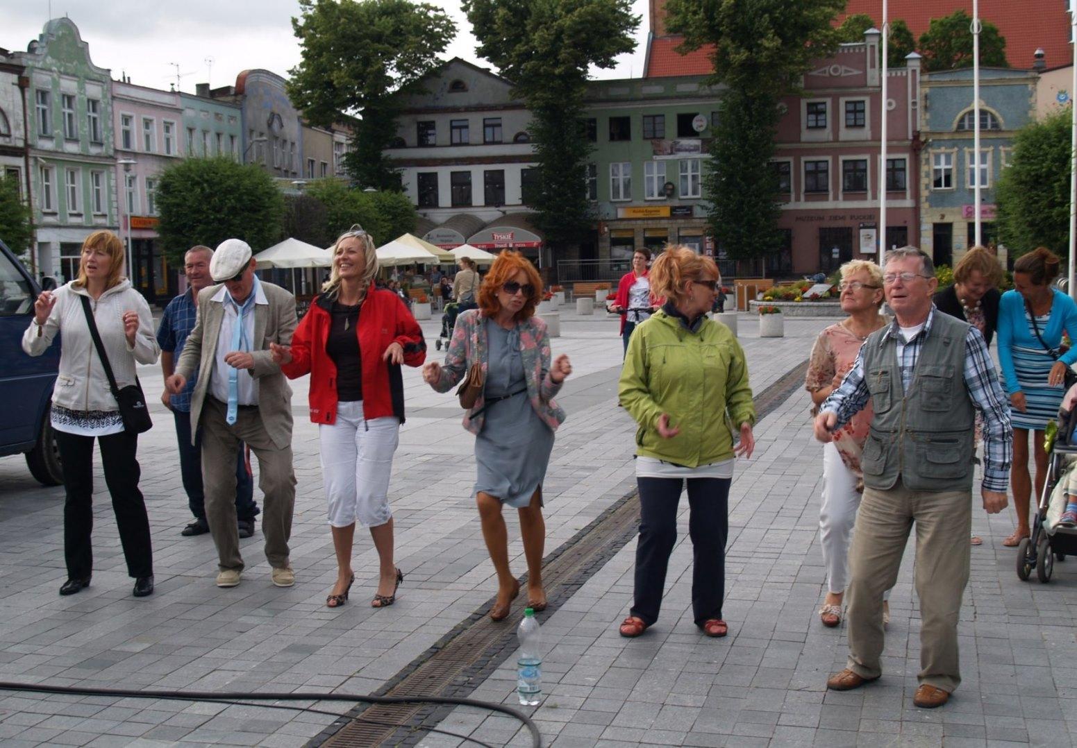 Na Muzycznej Fali w Pucku (2013). Na Starym Rynku muzyczne emocje | ZDJĘCIA