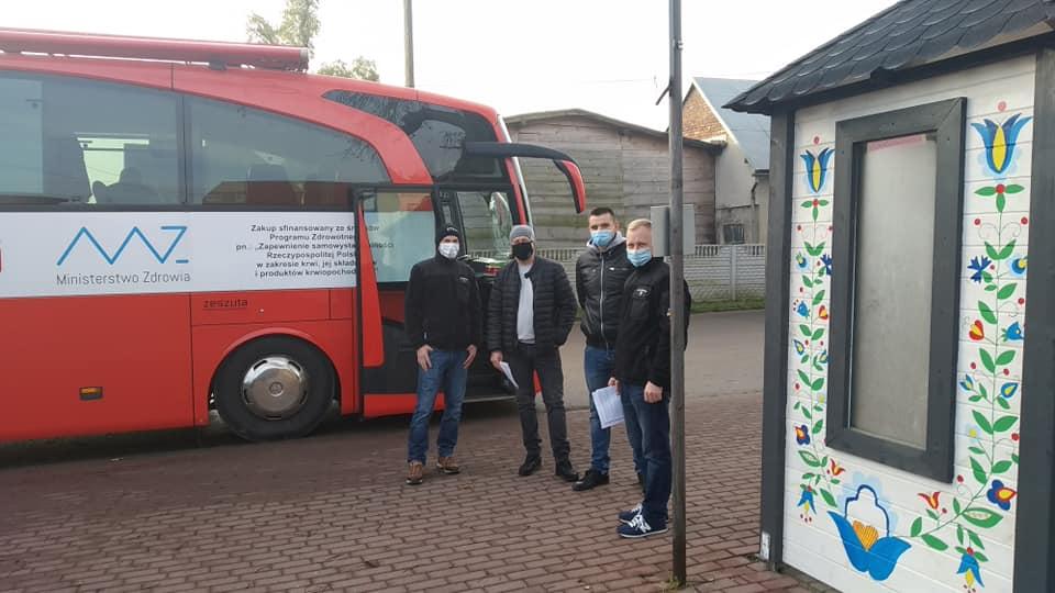 Połchowo, gmina Puck: sobota z krwiodawcami. Na akcję Kaszubskiego Klubu HDK PCK zgłosiło się 40. osób | ZDJĘCIA