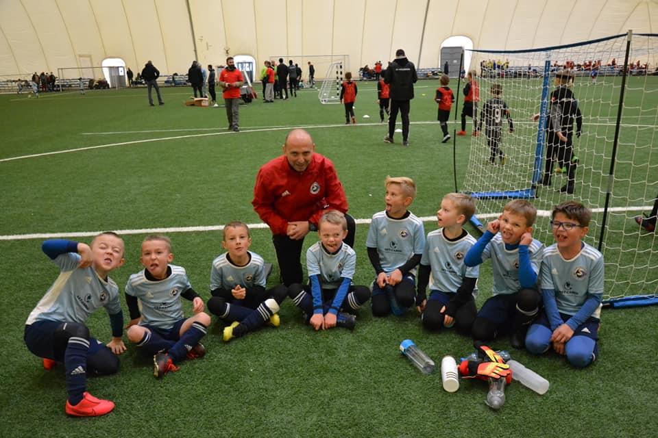 Młody Sztorm Kosakowo na turnieju My Football Cup 2020. Piłkarski Serwis Powiatu Puckiego | ZDJĘCIA