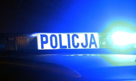 Pijany 16-latek z Pucka wziął ojcu mercedesa i rozbił się nim w Kuźnicy | Nadmorska Kronika Policyjna