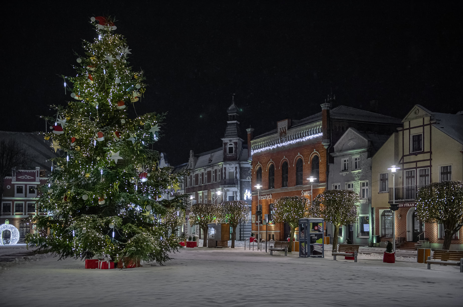 Foto Powiat Pucki: tak zimą 2021 prezentuje się nocny Puck. Pięknie? Pięknie! | ZDJĘCIA