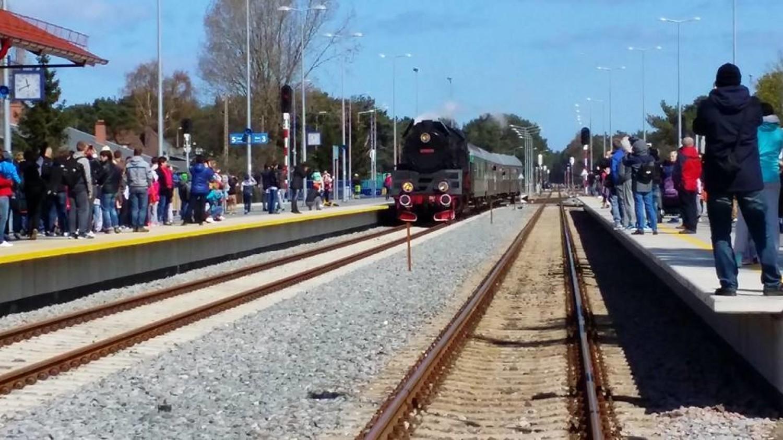 Konsultacje społeczne: rozbudowa linii kolejowej Reda – Hel. Do lutego czekają na Twój głos. Wypełnij ANKIETĘ