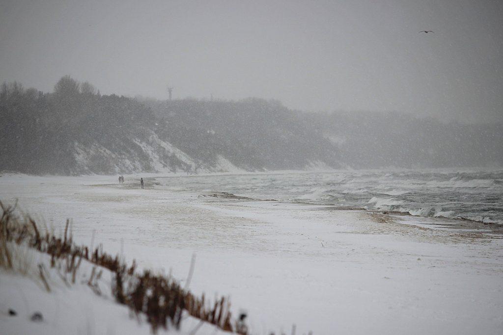 Zima we Władysławowie (plaża), luty 2021