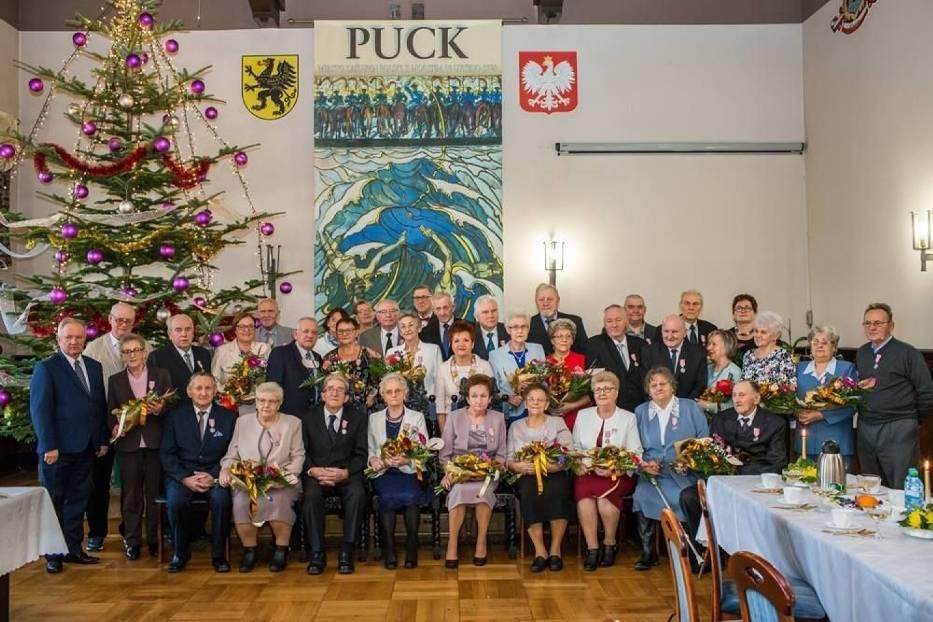 Gmina Puck: chcesz medale za Złote Gody (2021)? Zgłoś się do Urzędu Stanu Cywilnego w Pucku