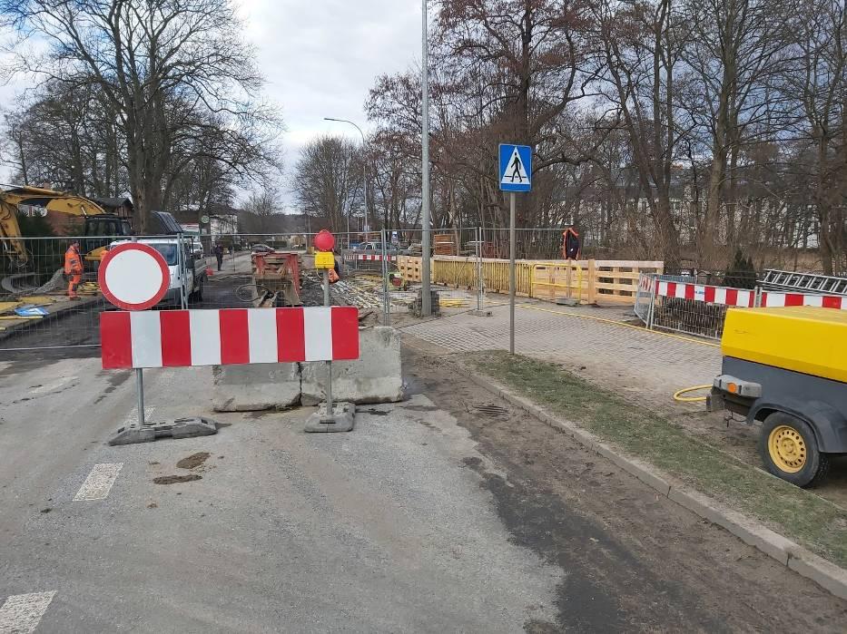 Remont mostu w Redzie - z powiatu puckiego wyjedziesz objazdami