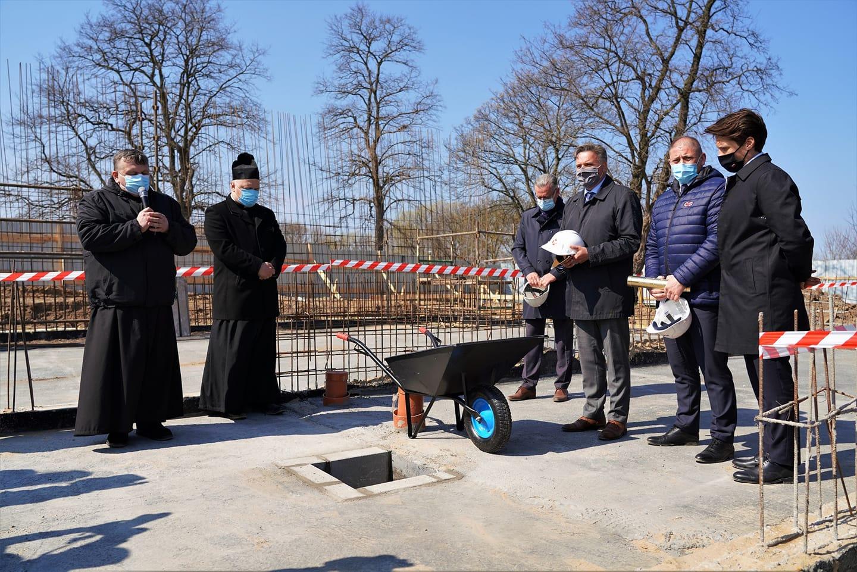 Władysławowo. W COS Cetniewo wmurowali akt erekcyjny pod nowym Internatem Sportowym | ZDJĘCIA