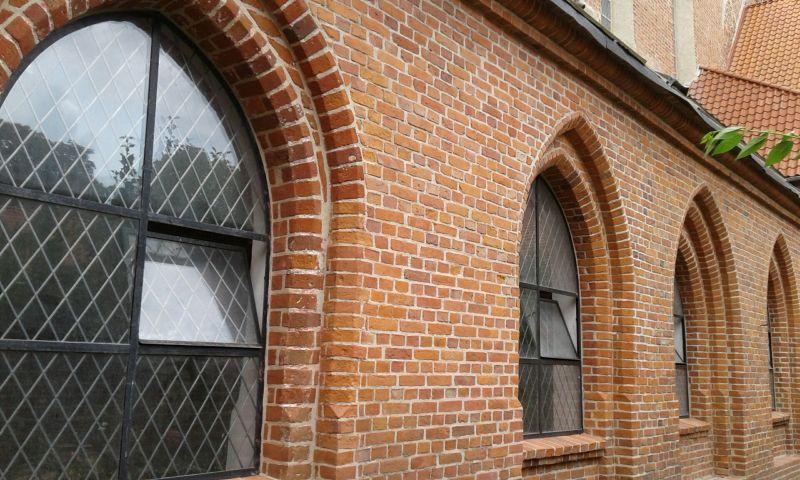 Opactwo Benedyktynek w Żarnowcu - klasztor