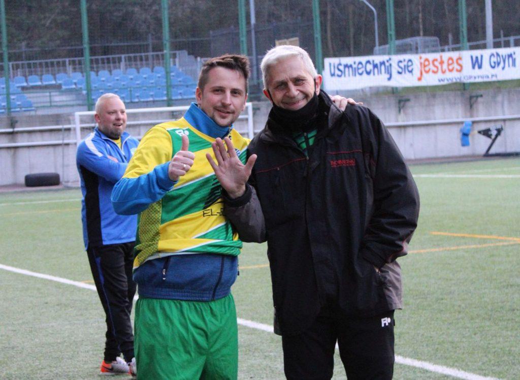 AP KP Gdynia - Huragan Smolno
