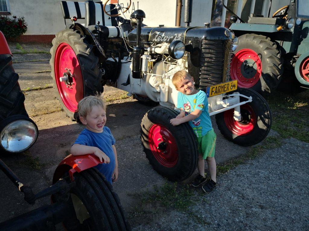 Bałtyk Trip Traktor w Żelistrzewie
