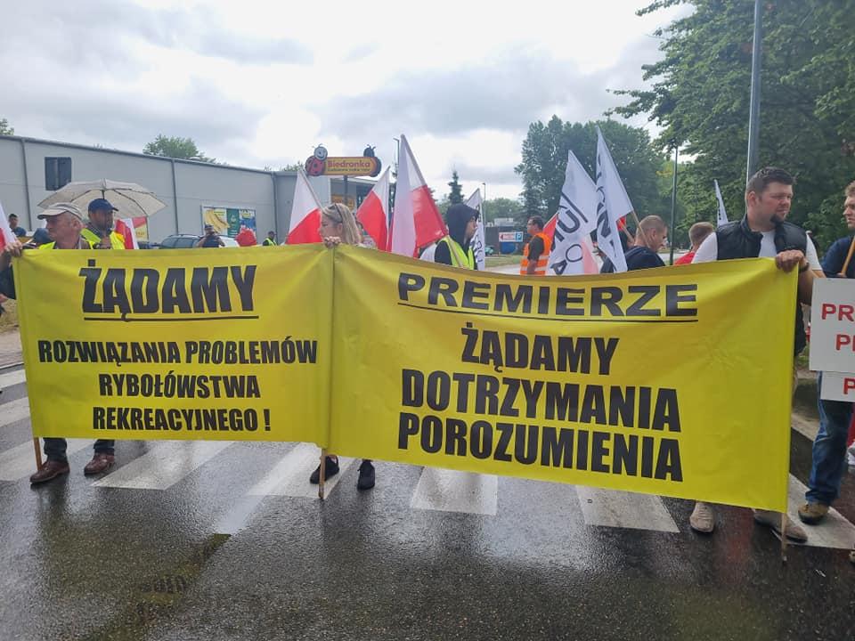 protest władysławowo rybacy agrounia