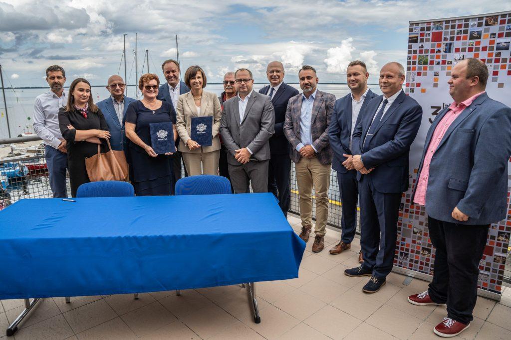puck rozbudowa portu budowa mariny umowa z NDI