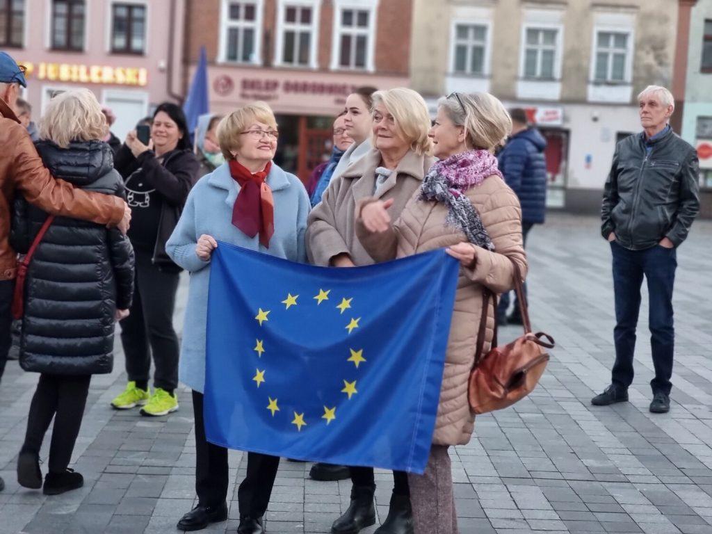 puck w unii protest stary rynek